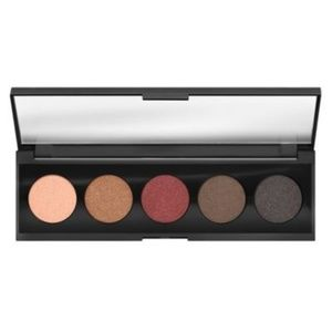 bounce and blur eyeshadow palette #Dusk